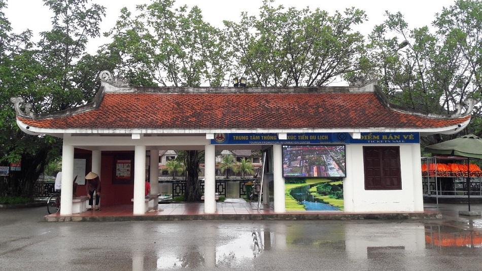 Trạm hỗ trợ du khách tại bến thuyền khu Tam Cốc – Bích Động