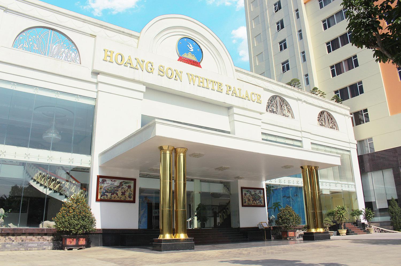 Nhà hàng Hoàng Sơn White Palace